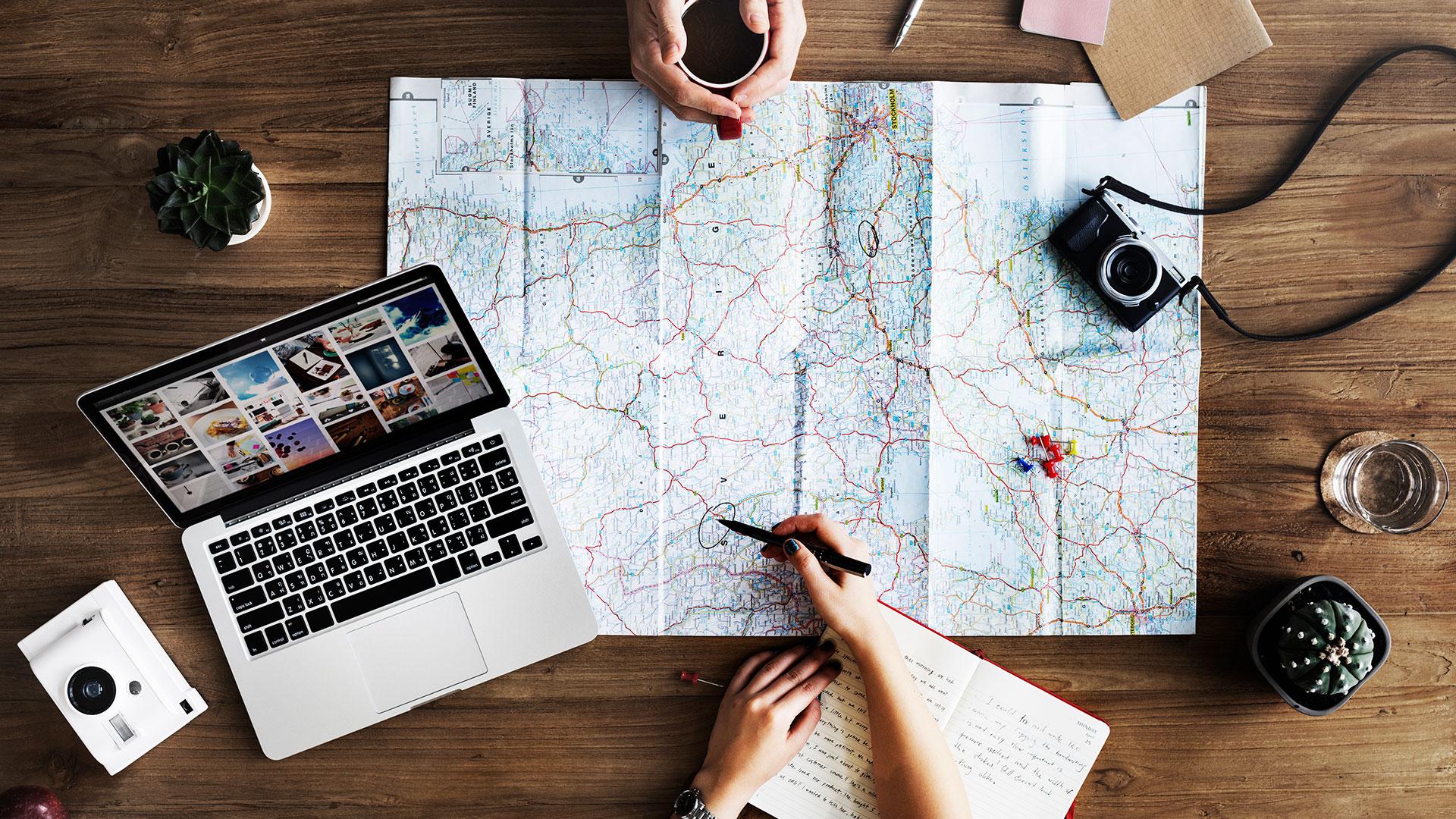 En qué piensan tus clientes al planear sus vacaciones.jpg